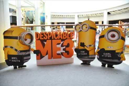 Ростовая плоская фигура для рекламы реклама из картона Ростовые рекламные фигуры заказать мегаманго купить ростовую фигуру из пластика цена спб