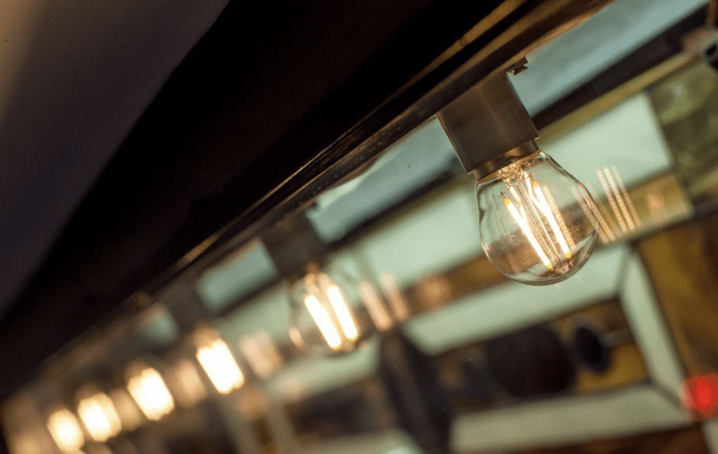 Гирлянда из ламп эдисона на окно заказать в мегаманго спб цена