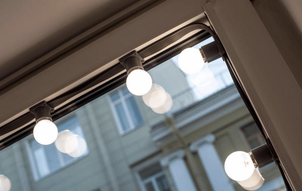 гирлянды с большими лампочками на окно цена заказать спб мегаманго